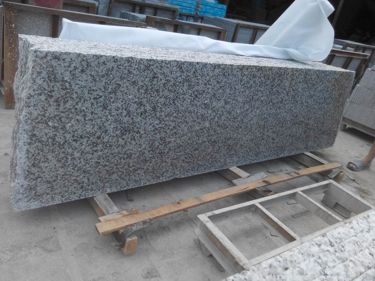 Natural Granite G439 Small Slabs for Construction